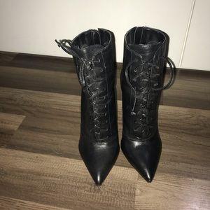 Booties/heel